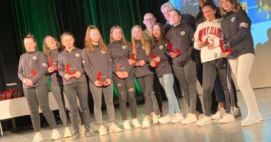Les -15 filles récompensées