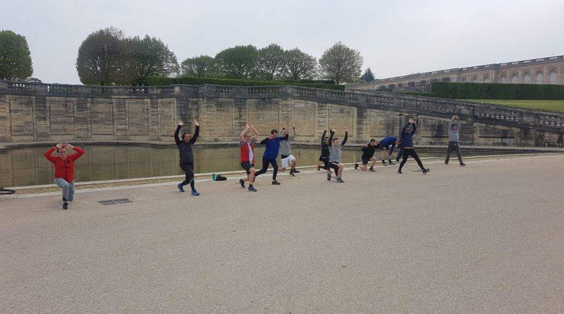 Loisirs : le handball est en pause mais les handballeurs posent en activité !